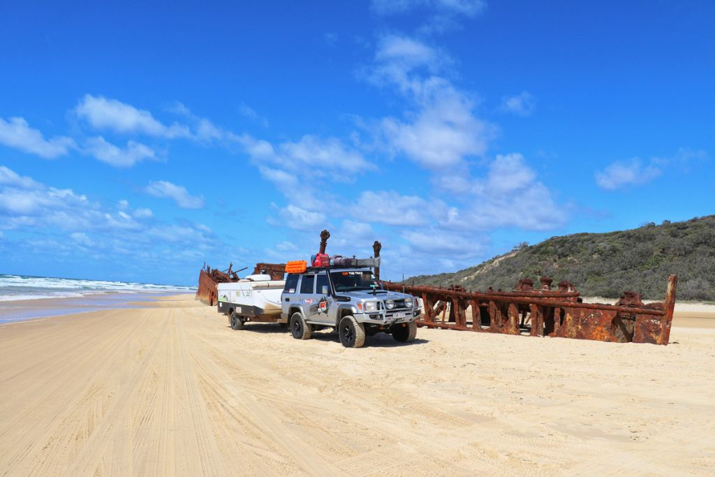maheno-wreck-fraser-island-4wd-and-camper